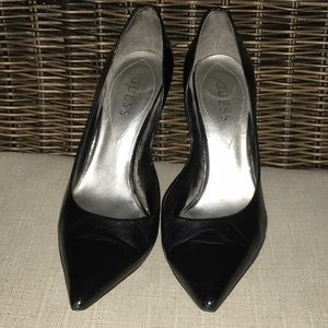 Guess Carrie Pumps 8.5 black  leather